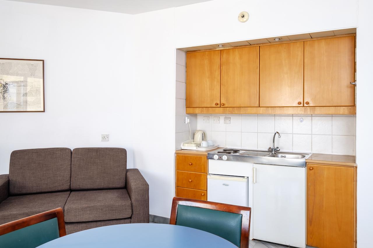 Corner Room Kitchenette